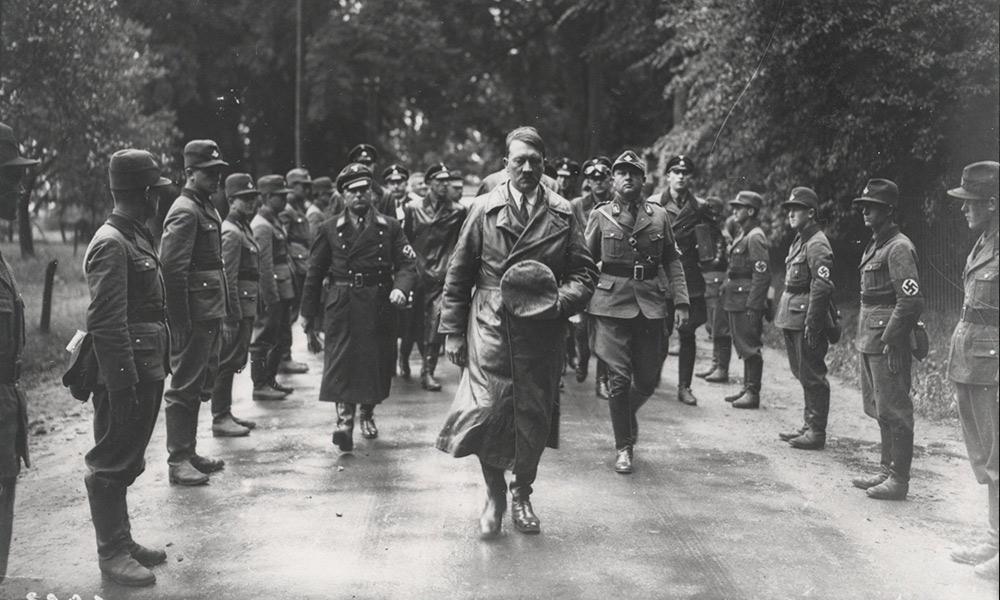 """""""Życie w kraju Hitlera"""": Propagandowe igrzyska Adolfa Hitlera"""